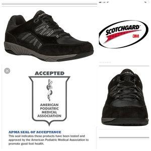Rejuve Propet Podiatrist Recommended Black Shoes